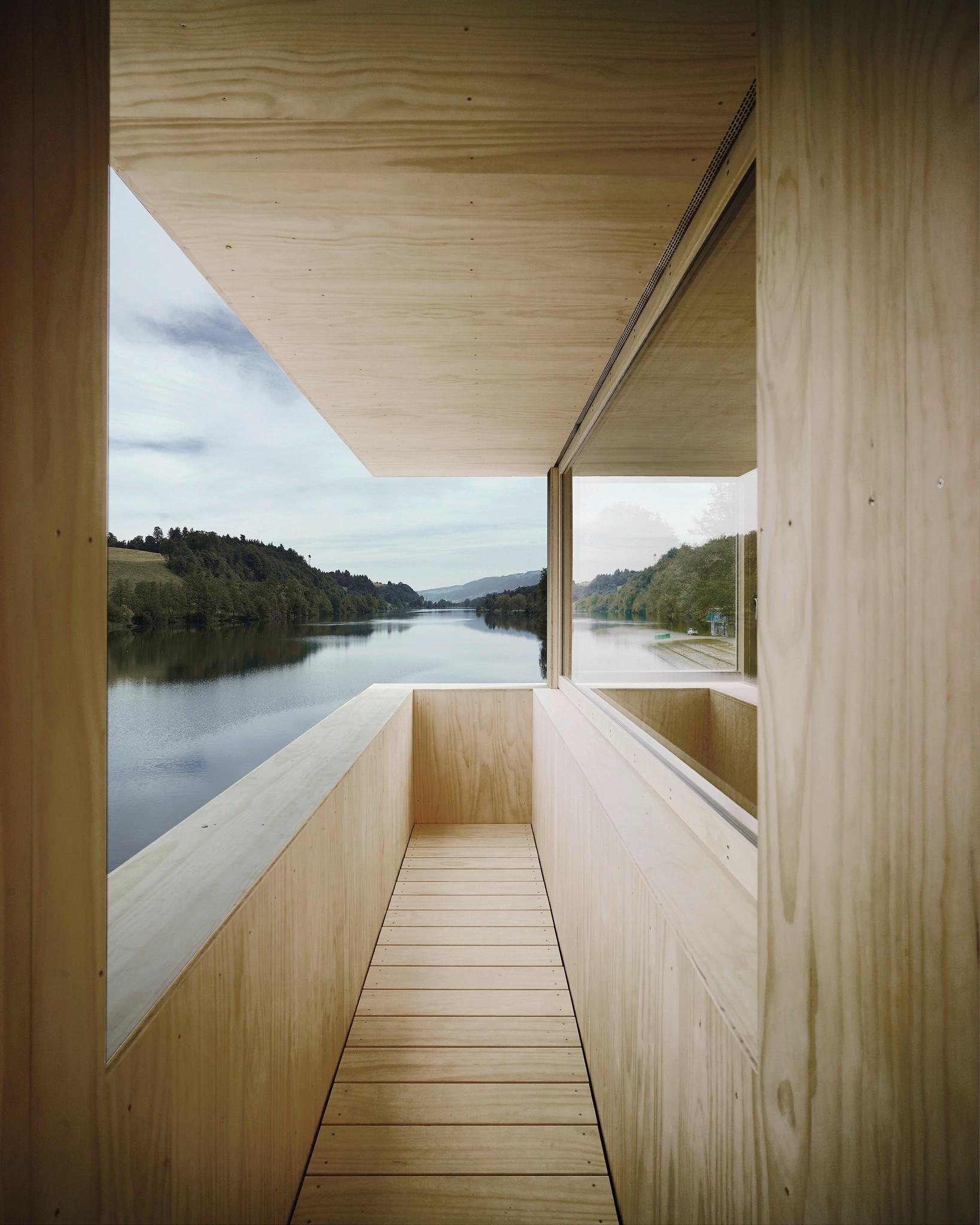 AFGH Architekten's Lake Rotsee Refuge. Architects: Andreas Fuhrimann, Gabrielle Hächler. Photo credit © Valentin Jeck
